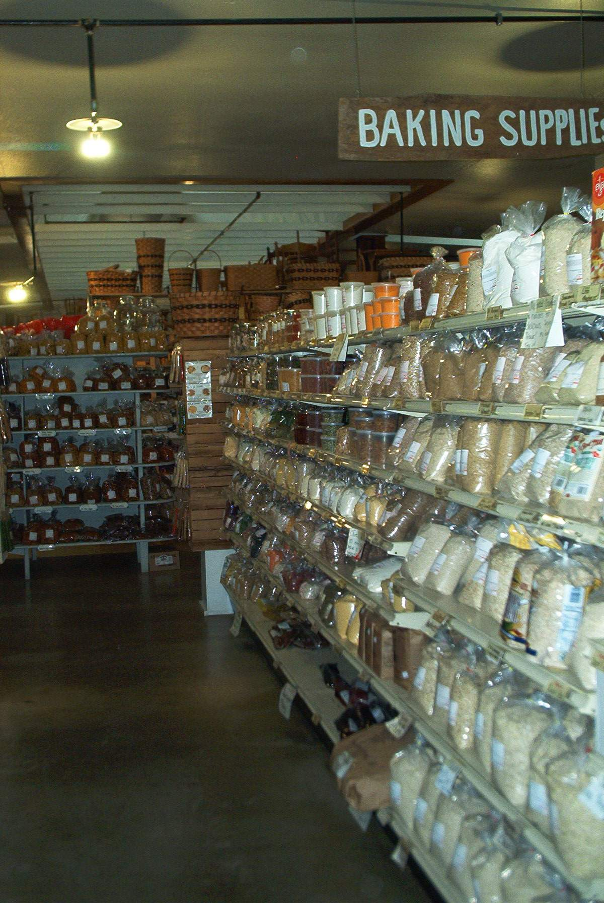 Ohio amish bakery and ohio amish wood furniture at for Mail order furniture stores