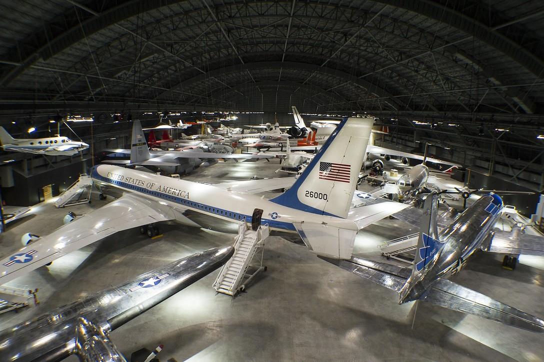 Air Force One Tour in Dayton Ohio | Ohio Traveler